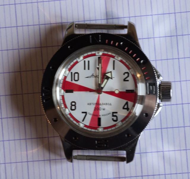 Vos montres russes customisées/modifiées - Page 6 0210
