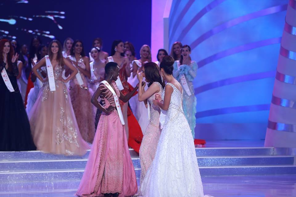 The Official Thread of Miss World 2017 ® Manushi Chhillar - India 23561810