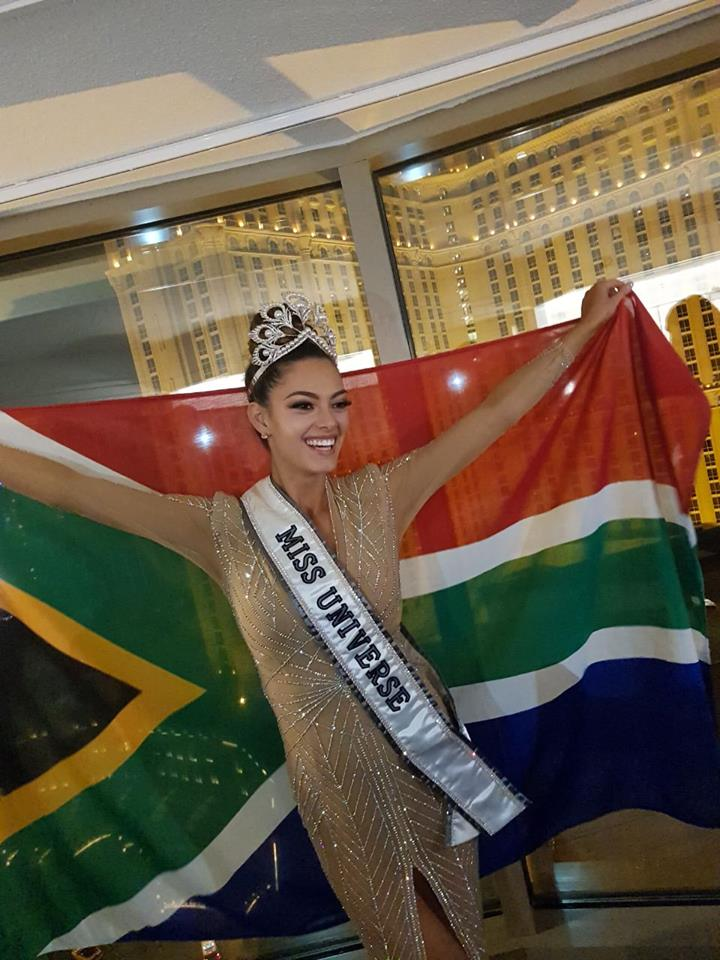 ♔ The Official Thread of MISS UNIVERSE® 2017 Demi-Leigh Nel-Peters of South Africa ♔ 23905510