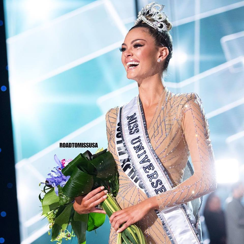 ♔ The Official Thread of MISS UNIVERSE® 2017 Demi-Leigh Nel-Peters of South Africa ♔ 24058810