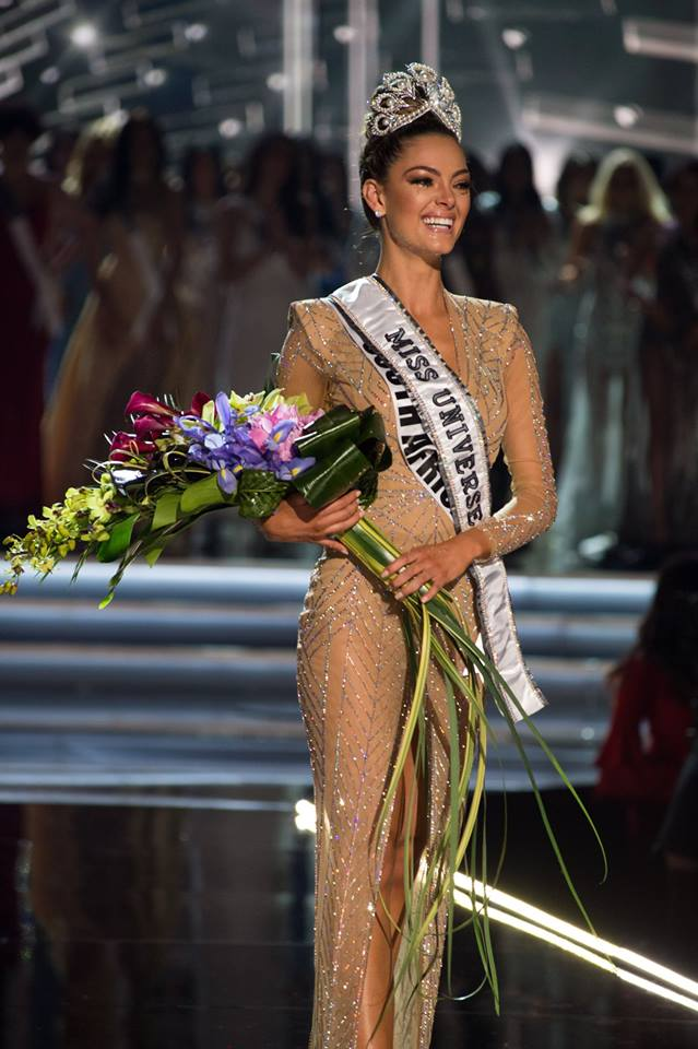 ♔ The Official Thread of MISS UNIVERSE® 2017 Demi-Leigh Nel-Peters of South Africa ♔ 24059010
