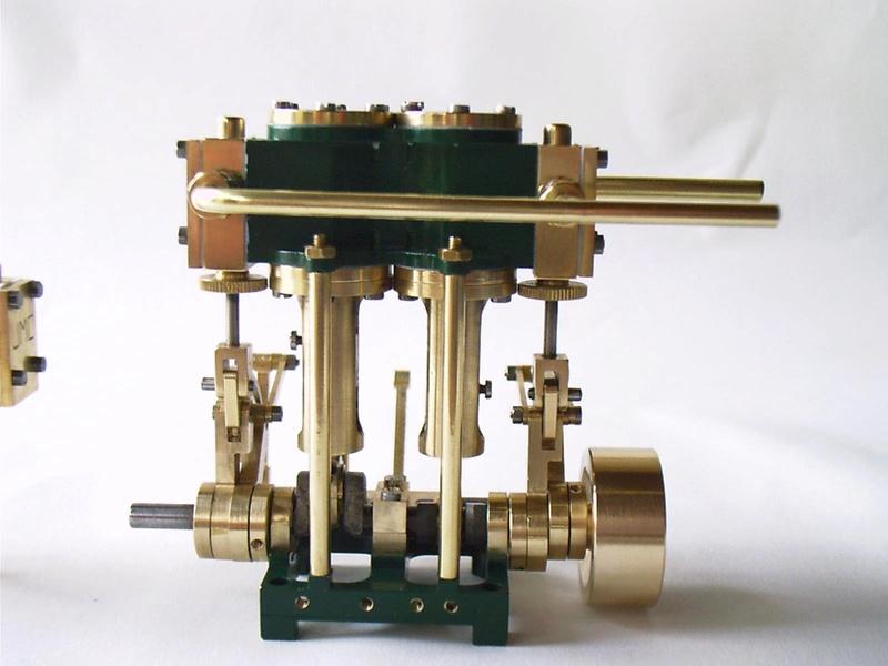 Bi-cylindre monobloc 2cc & 3cc Cat-mo12