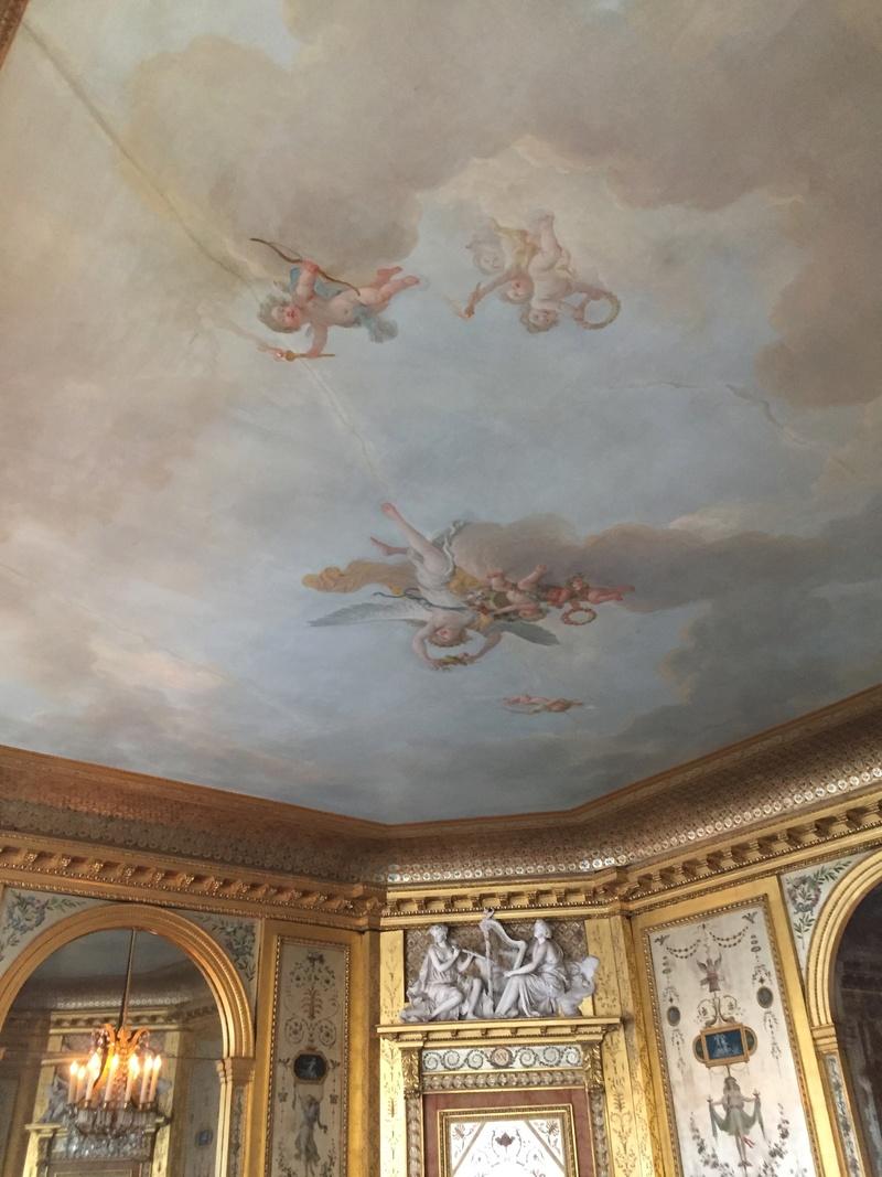 Le boudoir d'argent de Marie-Antoinette au château de Fontainebleau  1011