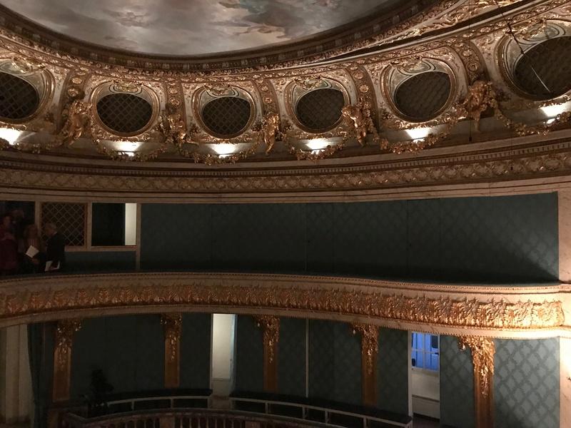 Le Petit Théâtre de Marie-Antoinette à Trianon - Page 4 310