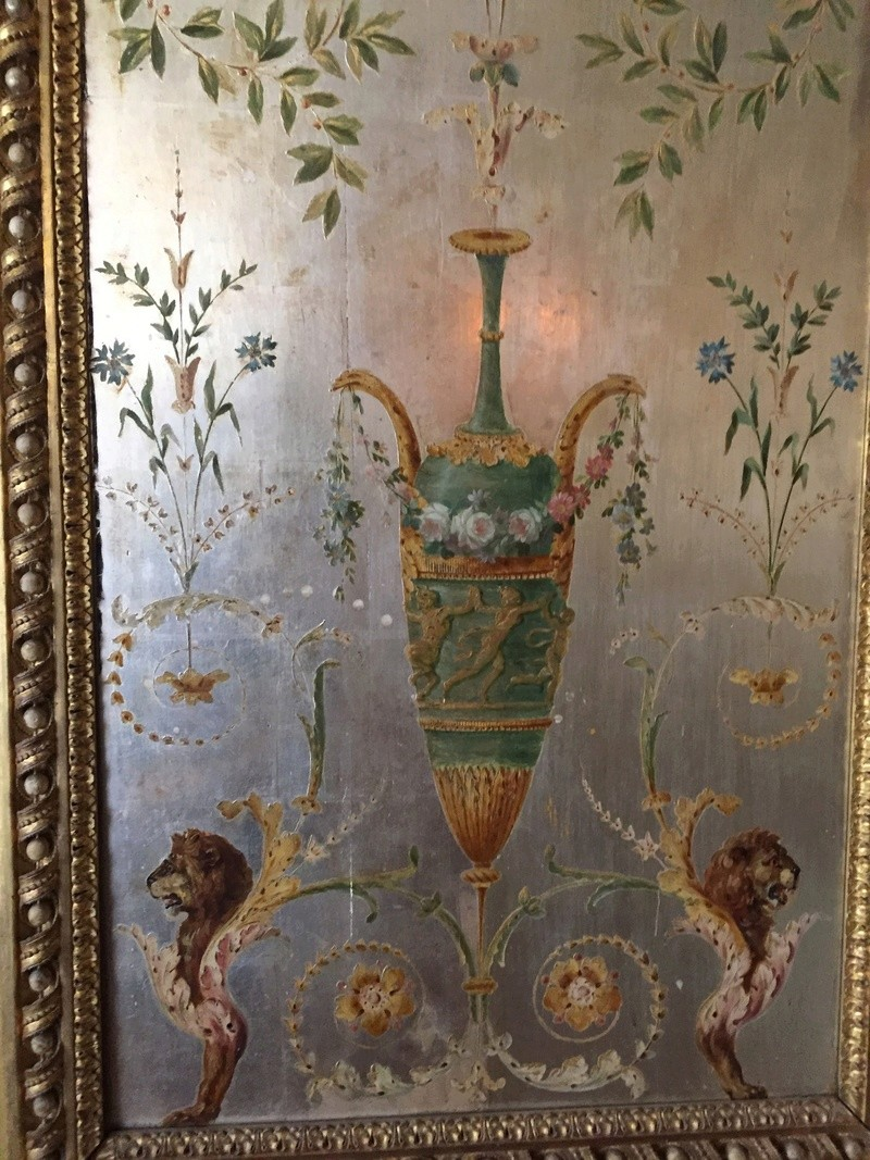 Le boudoir d'argent de Marie-Antoinette au château de Fontainebleau  512