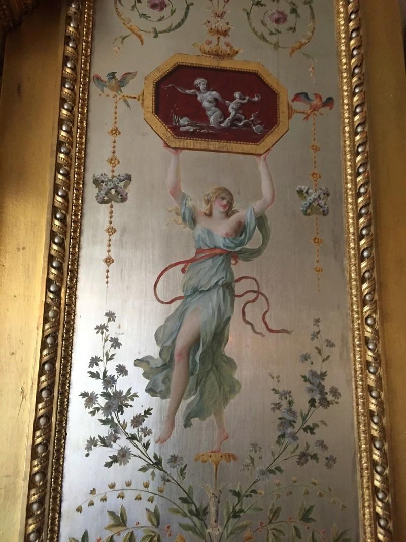 Le boudoir d'argent de Marie-Antoinette au château de Fontainebleau  612