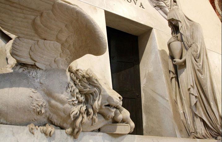 Le monument funéraire d'Antonio Canova (1757-1822) à la basilique des Frari (Venise) Captu115