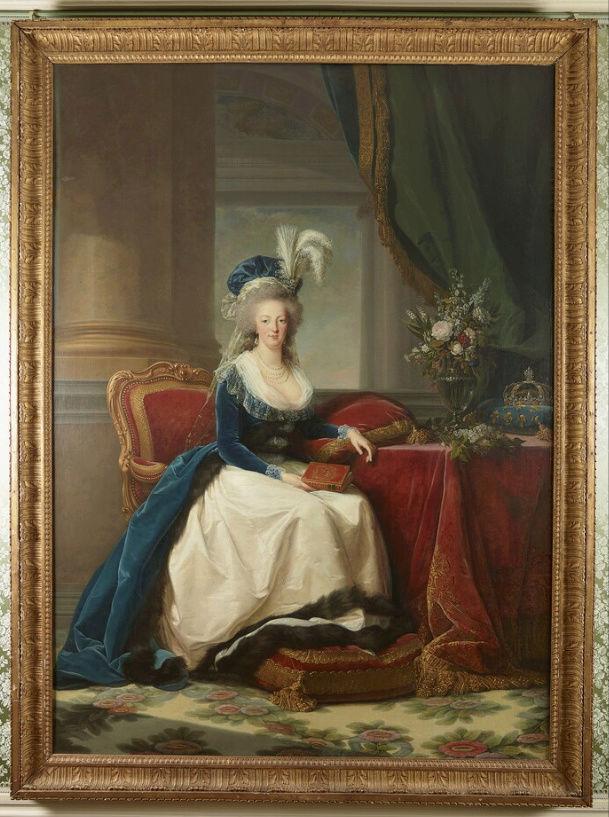 Portraits de Marie-Antoinette au livre, en robe bleue, par Vigée Le Brun (1785 - 1788 ?) - Page 2 Captu168