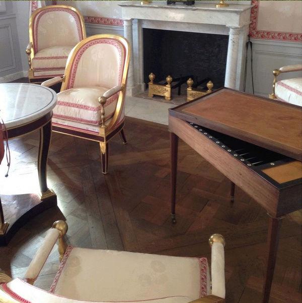 maison - Hameau du Petit Trianon : Restauration de la maison de la Reine  - Page 14 Captu255