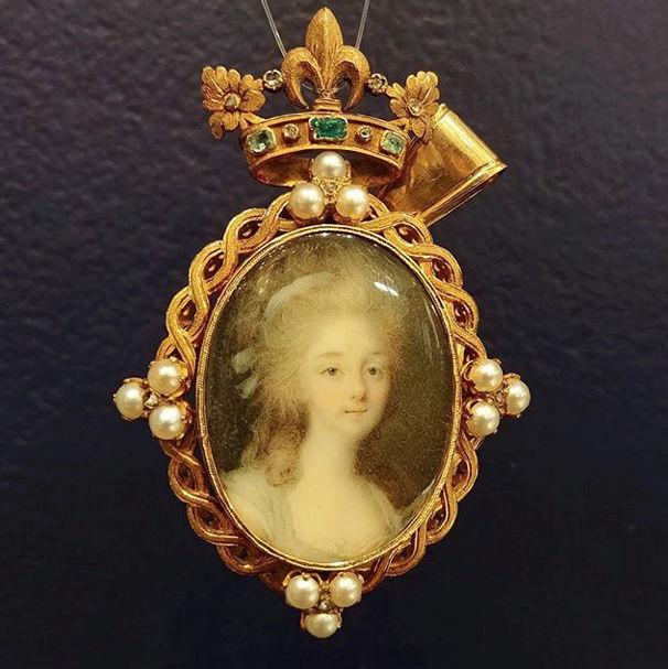 Portraits de la princesse de Lamballe - Page 9 Captur45