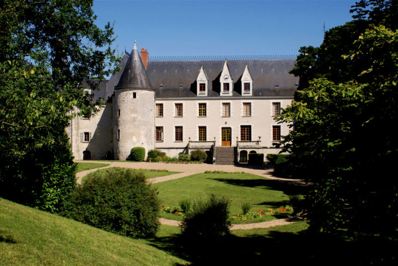 Le château de Chavaniac-Lafayette - Page 5 Https-10