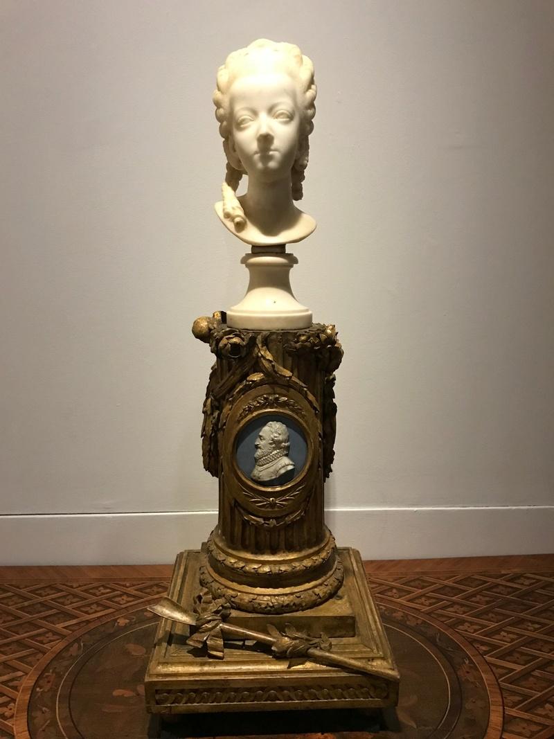 Buste de Marie-Antoinette sur piédestal dynastique, musée Cognacq Jay Img_1019