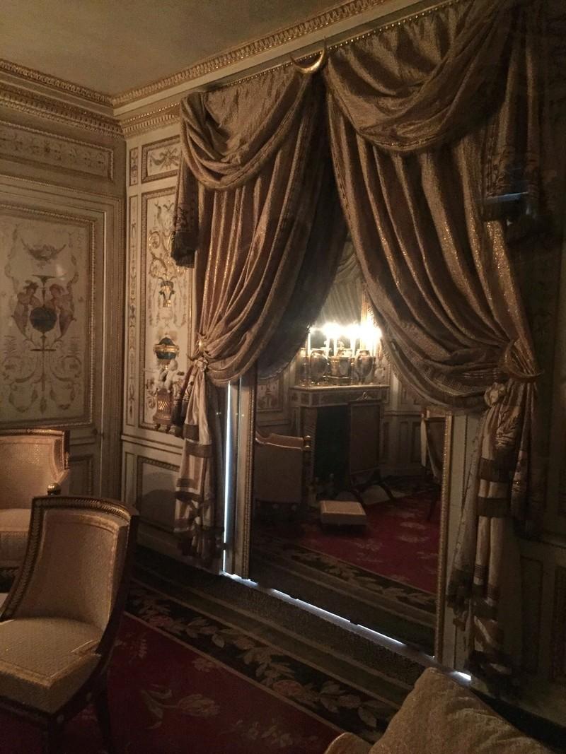 Le boudoir turc de Marie-Antoinette à Fontainebleau - Page 4 Img_2527