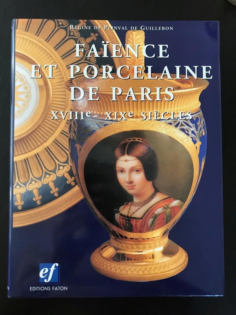 Marie-Antoinette et la manufacture de la rue Thiroux - Page 3 Img_2920