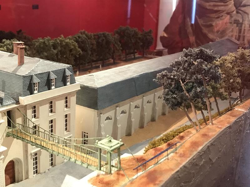 Le musée historique du château de Saint-Cloud Img_4024