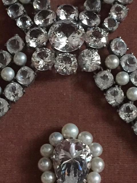 Le collier dit de la reine Marie-Antoinette (L'affaire du collier de la reine), et ses répliques Img_8236