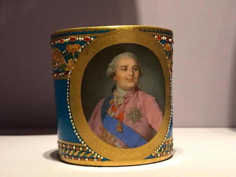 Divers portraits de Marie-Antoinette : miniatures du XVIIIe siècle (dont artistes non attribués) - Page 4 Img_9325