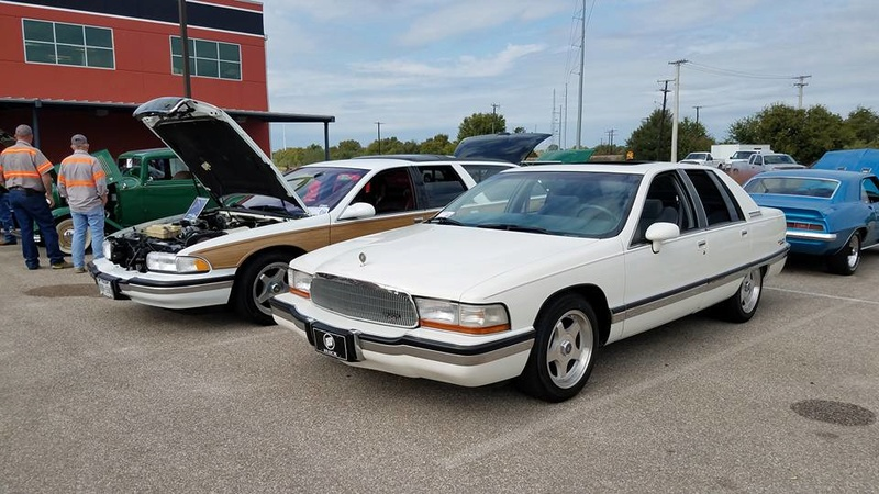 """Roadmaster Sedan and Wagon """"Glamour Shots"""", and 200-mile Texas Hill Country Roadmastering Road Trip 22221810"""
