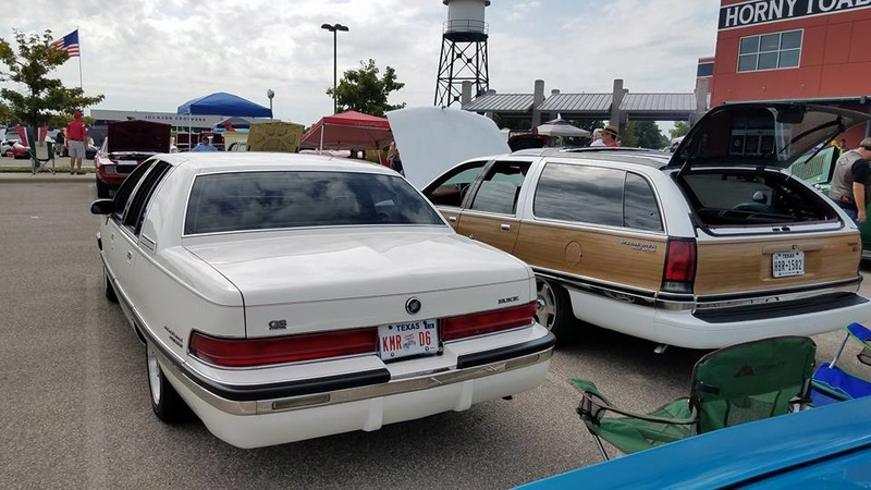 """Roadmaster Sedan and Wagon """"Glamour Shots"""", and 200-mile Texas Hill Country Roadmastering Road Trip 22228511"""