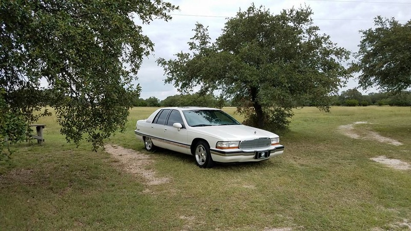 """Roadmaster Sedan and Wagon """"Glamour Shots"""", and 200-mile Texas Hill Country Roadmastering Road Trip 22310211"""