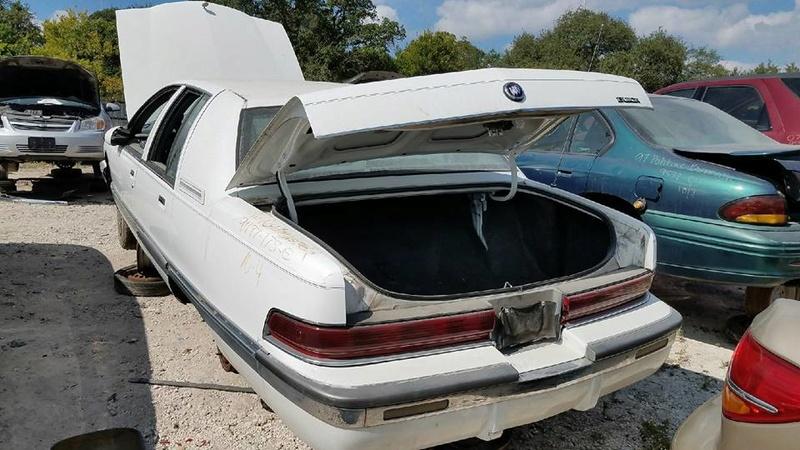 """Such a Deal!?!?!?  """"Garage Find"""" '92 Roadmaster Sedan - Page 3 22406310"""