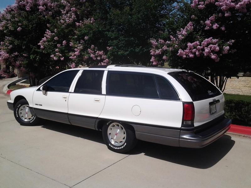 1992 Olds Custom Cruiser Wagons -- 4 of them Tires_11