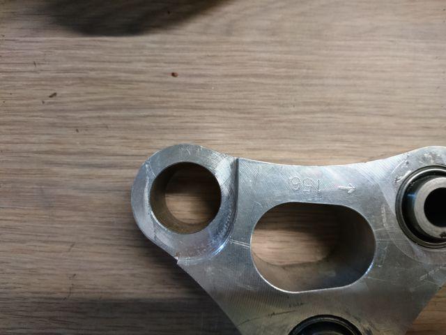 Photos montage amortisseur de GSXR sur GSR750 Dsc_0014