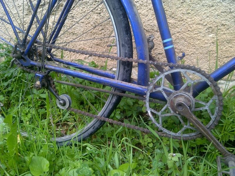 Vieux vélo ville, à dater Img-2024