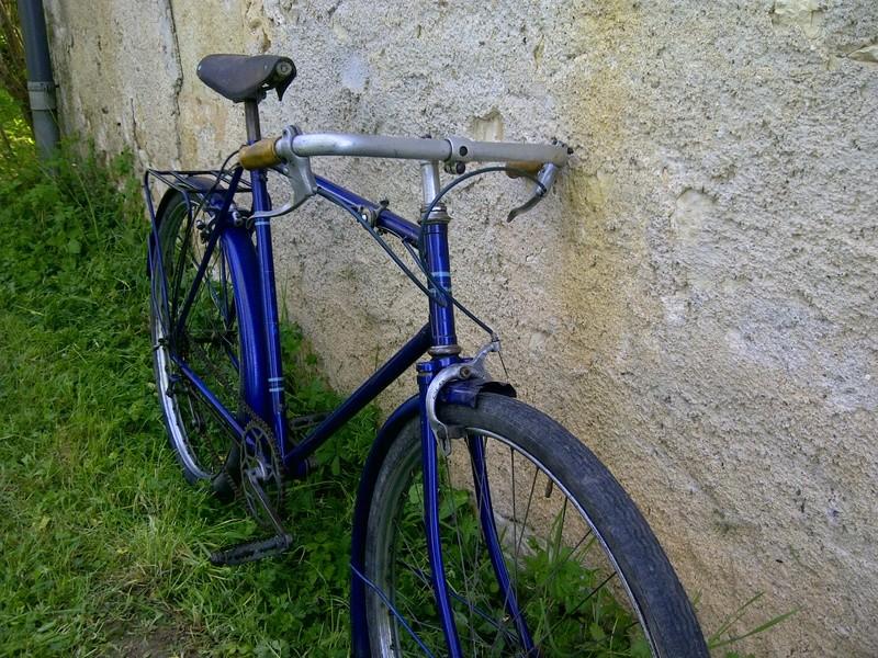 Vieux vélo ville, à dater Img-2035