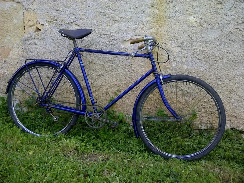 Vieux vélo ville, à dater Img-2036