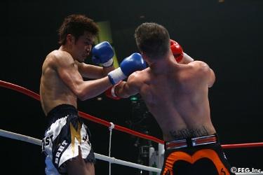 ANDY SOUWER VS YOSHIRO SATO (( SHOOTBOXING )) Souwer11