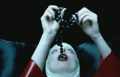 """Lady Gaga: el significado oculto de """"Alejandro"""" Alej5-10"""