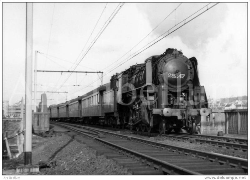 Place du fourgon dans les trains belges Hlv_2910