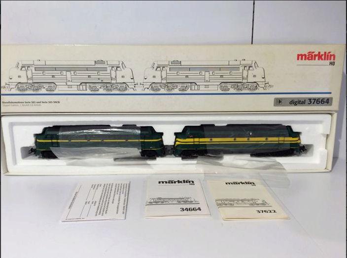 Märklin 37664 - double traction séries 202+203 digital Myrkli10
