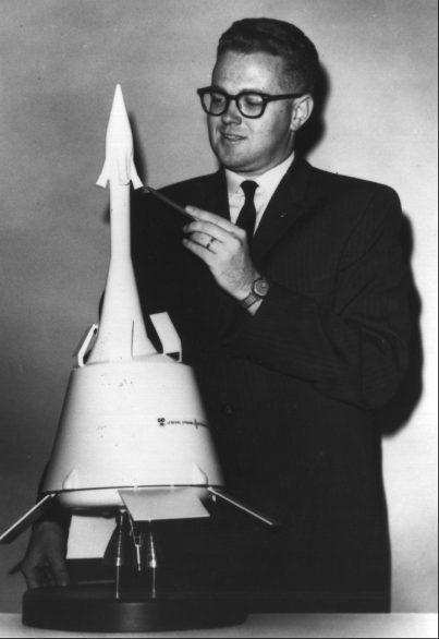Falcon-9 (Zuma) - 8.1.2018 [Echec C.U.] - Page 6 Apollo10