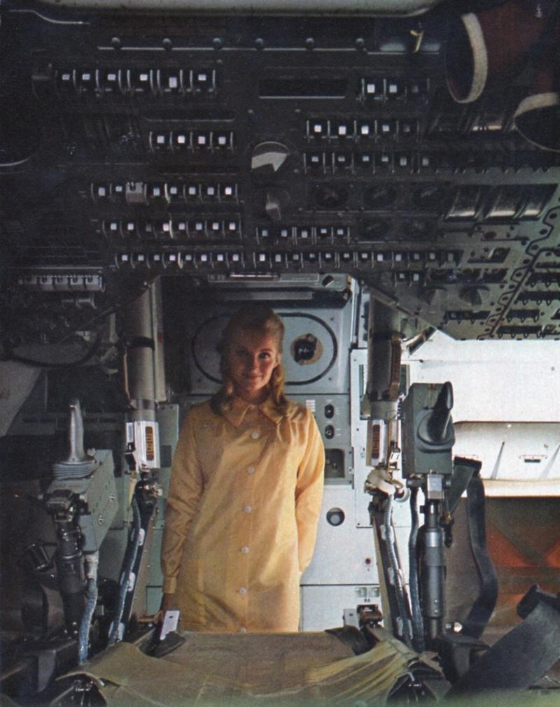 Apollo CSM [Revell 1/32] - Montage de Lunokhod 2 Cminty10