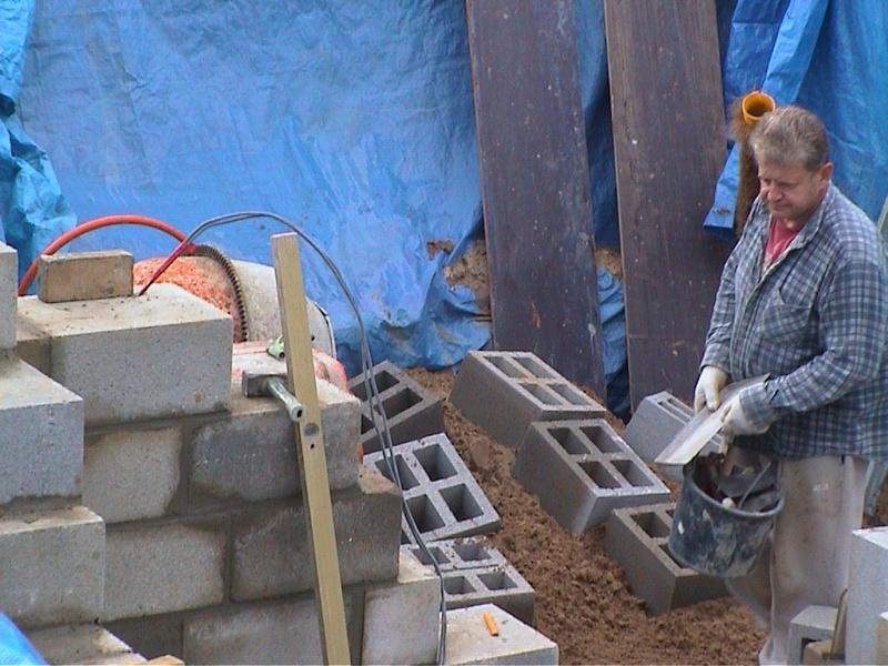 Construction de la maison de mon fils - Page 3 104410