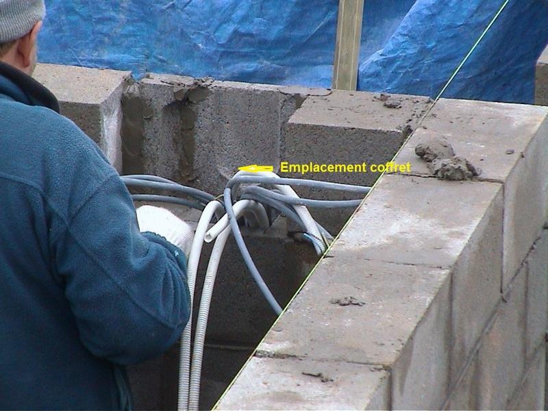 Construction de la maison de mon fils - Page 3 1103-a10