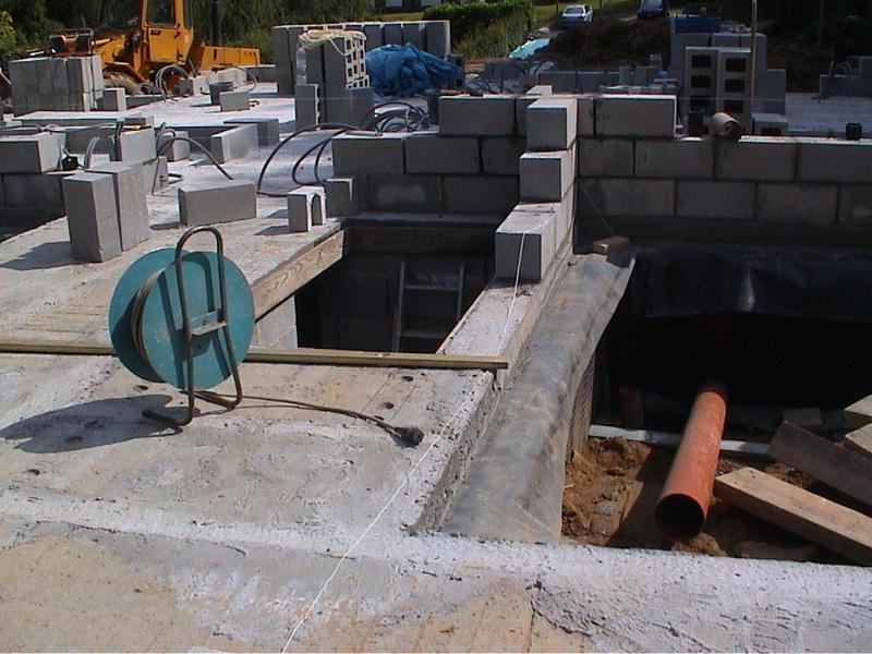 Construction de la maison de mon fils - Page 4 Dsc00010