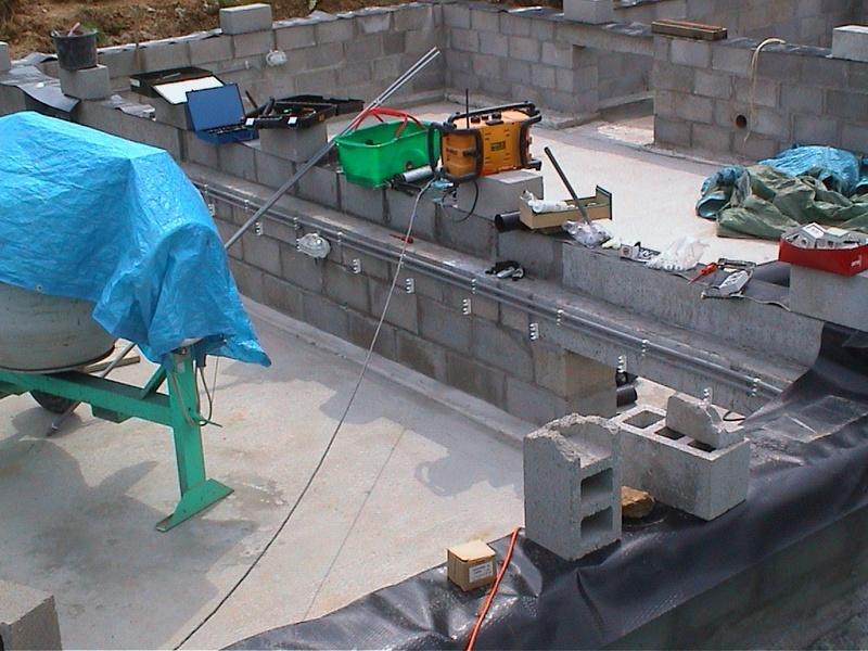 Construction de la maison de mon fils - Page 3 Dsc00015