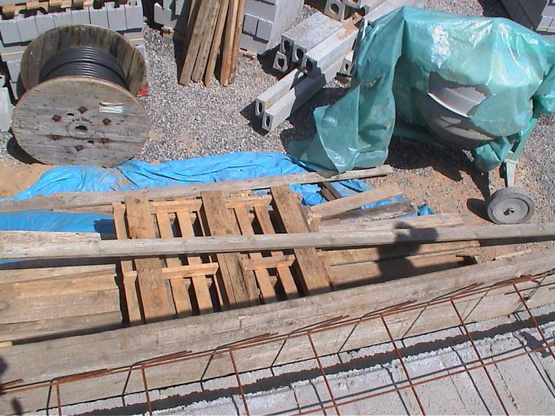 Construction de la maison de mon fils - Page 4 Dsc00017
