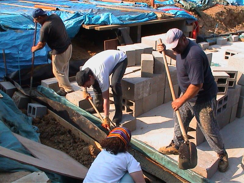Construction de la maison de mon fils - Page 3 Dsc00114