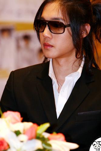 "Kim Hyun Joong ""4D"" diary 961610"