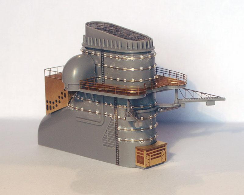 Tirpitz Tamiya 1/350 - Page 5 01_che10