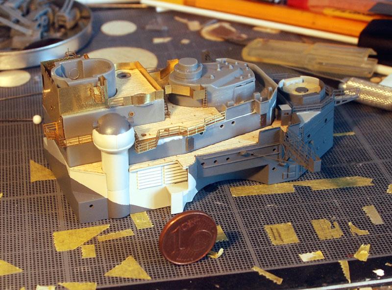 Tirpitz Tamiya 1/350 - Page 5 12_pas11