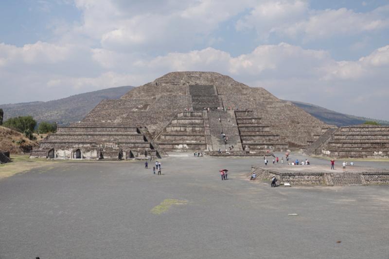 TEOTIHUACAN et ses pyramides Dsc00135