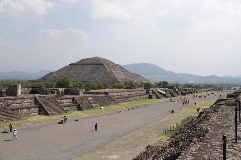TEOTIHUACAN et ses pyramides Dsc00136