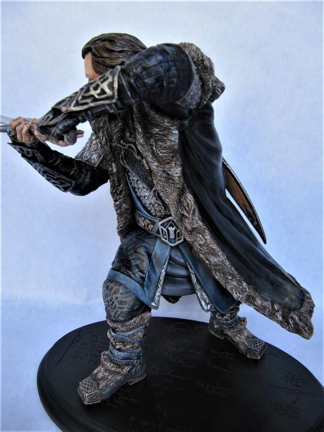 repaint statue weta sideshow bowen . - Page 9 Thorin13