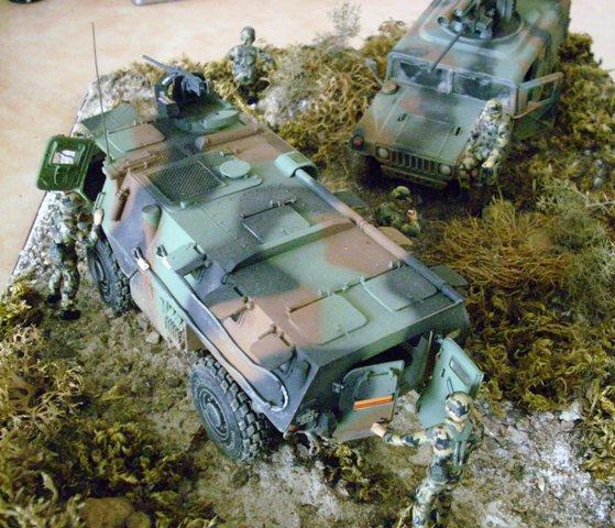 Diorama VAB et Hummer  Vab211
