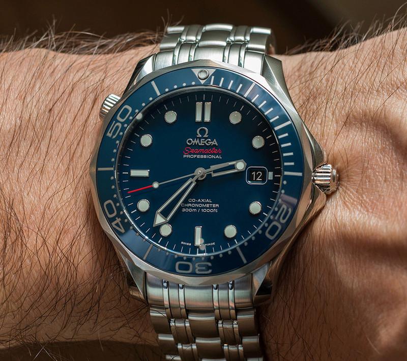 breitling superocean - Breitling superocean héritage vs Omega seamaster diver 300 37bec910